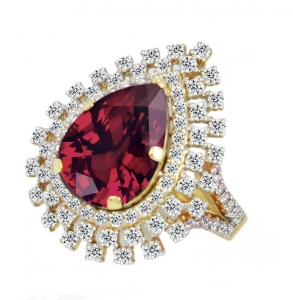 Ruby Set 8 Ring (Exclusive to Precious)